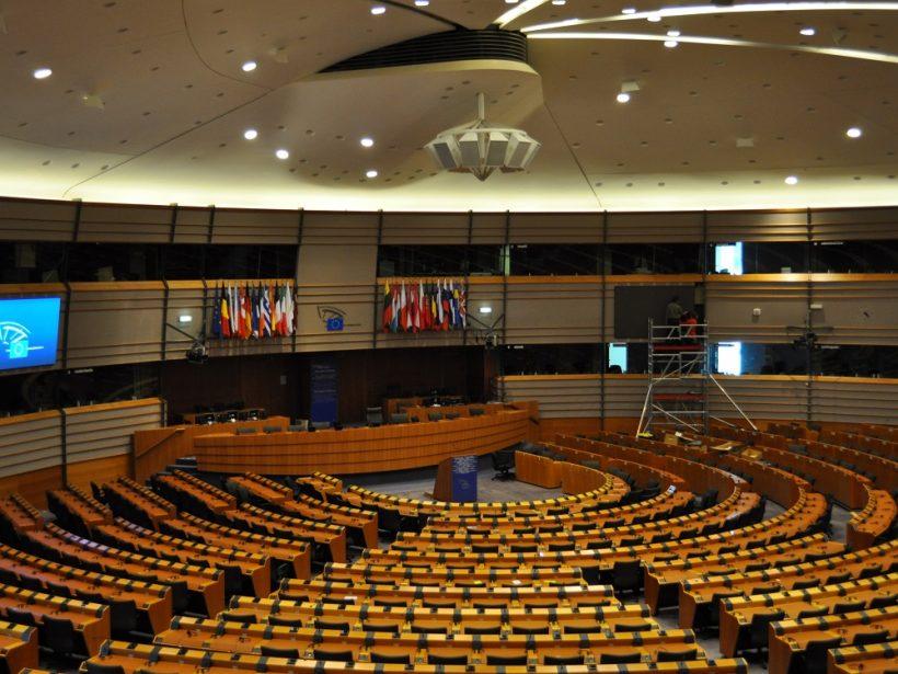 Stanovisko EP: Mzdové náklady sa nebudú dať odpočítať v plnej výške