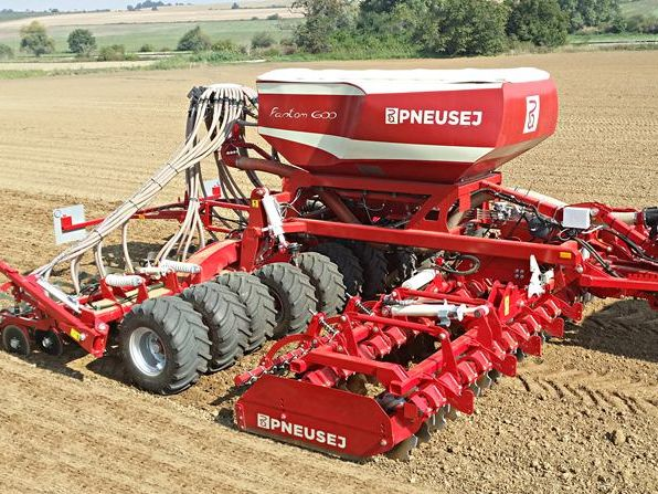 ČR odmieta podmienku skutočného poľnohospodára pre získavanie dotácií