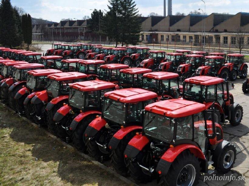 ČR: Roľnícky fond vlani podporil nákup 800 traktorov alebo 200 kombajnov