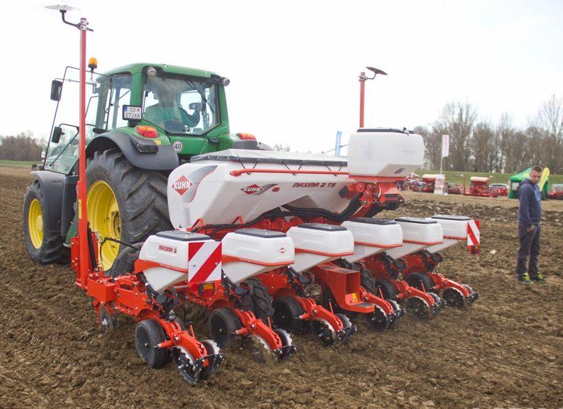 Precízne poľnohospodárstvo šetrí peniaze, ukázal projekt