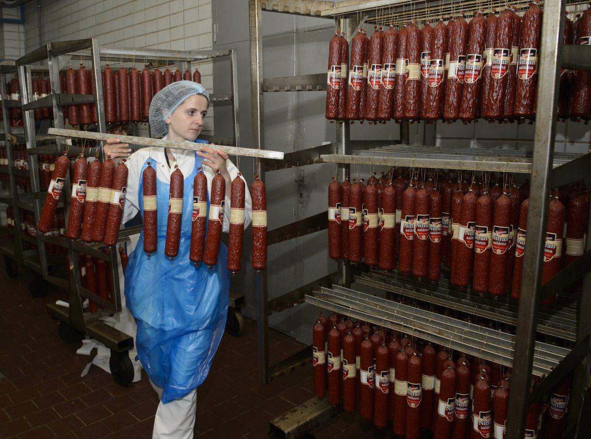 Potravinári vyzývajú poslancov NR SR, aby pri hlasovaní potravinárov podržali