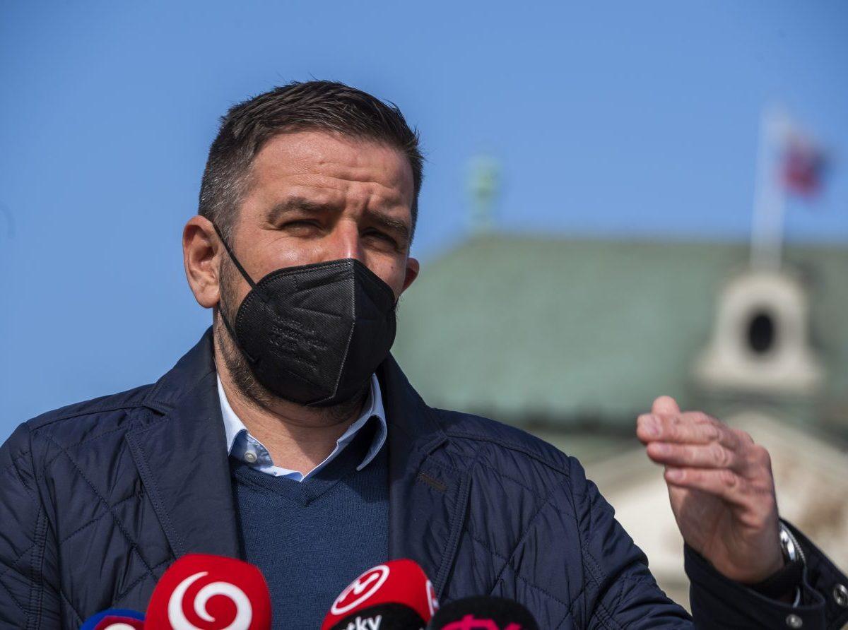 Emil Macho: Minister Mičovský ponížil seba aj celý agrosektor